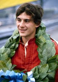 senna with garland